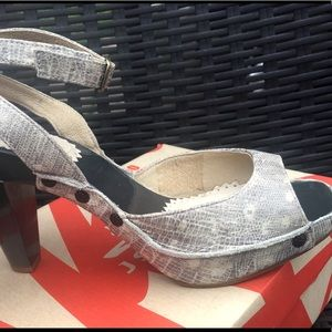 J Shoes Snakeskin Heels w/ Ankle Strap - Ex Cond!